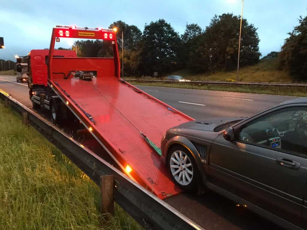 car breakdown recovery ellesmere port