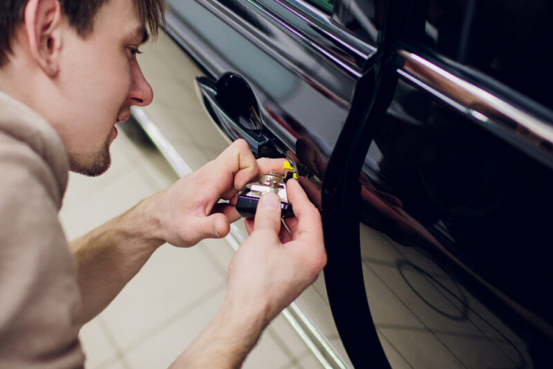 auto locksmith wigan