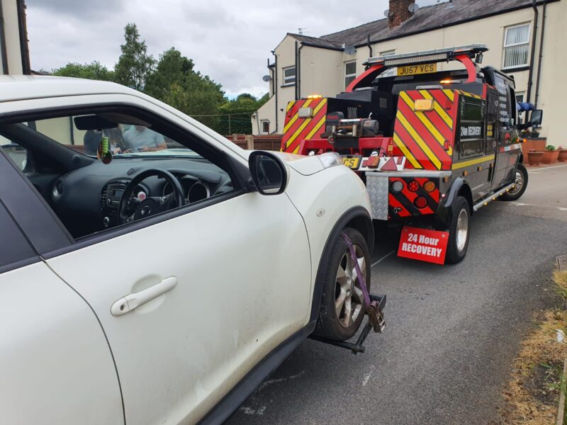 car breakdown recovery urmston