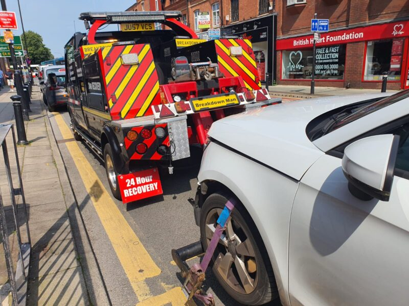 car breakdown recovery services eccles